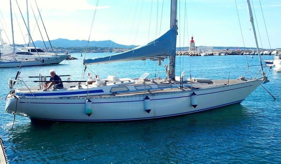 Nautor Swan 38 - Best Sailboats to Live On