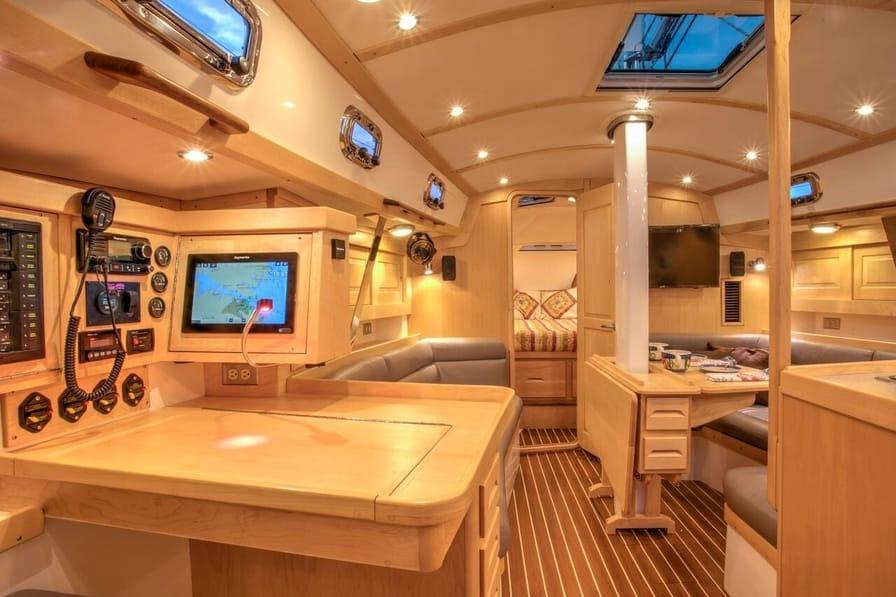 Tartan 395 - Best Sailboats to Live On