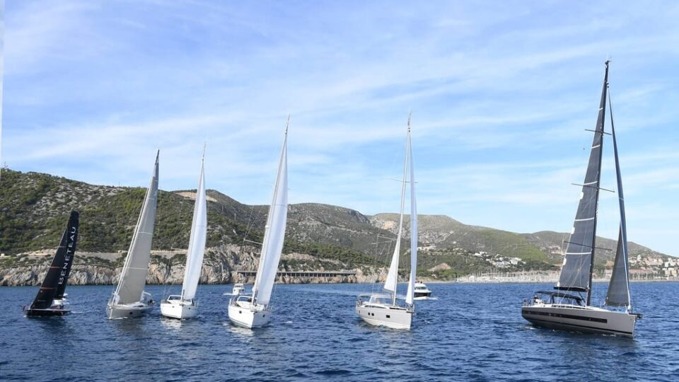 Beneteau vs. Catalina: Which Is a Better Sailboat?